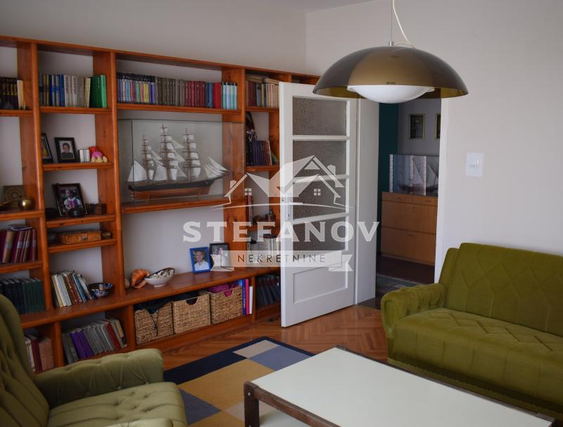 Kuća Prodaja SREDNJE-BANATSKI OKRUG Zrenjanin Centar